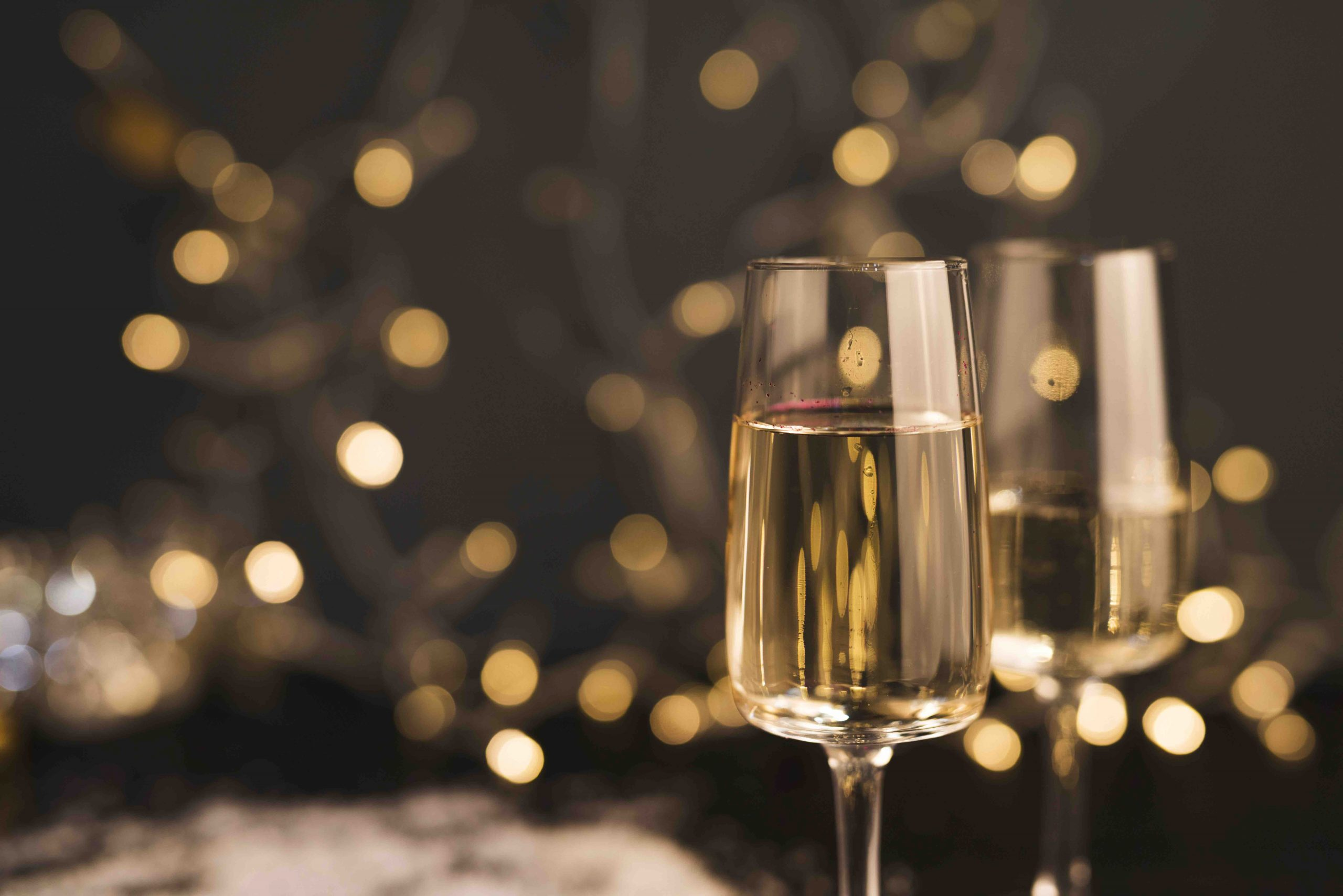 Host An Elegant Holiday Party With These Tips